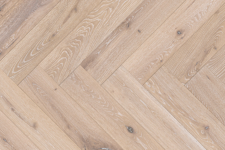 Vloerenhuis Zuidbroek houtenvloer visgraat